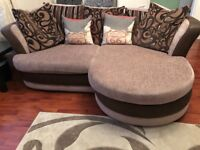 3 Seater Corner Unit & Cuddle Chair Immaculate Conditon