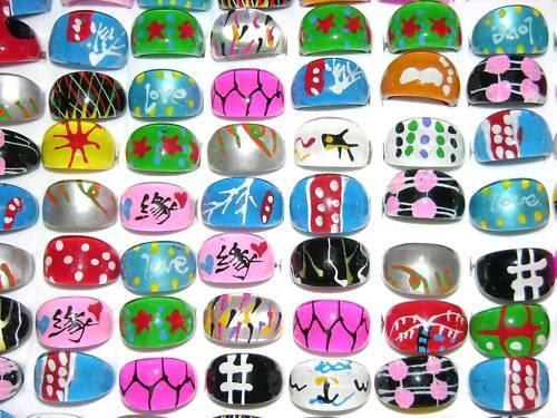 100 Lucite Rings Band Lot Hand Painted Funky MIXED With Case CLOSE SALE
