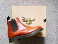 Dr Martens UK9