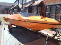 speed boat repair/re vamp chap for hire 07941925141