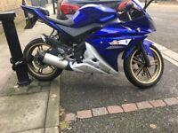 Yamaha R125 blue 2013 good condition x max runner
