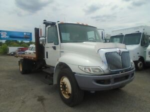 2011 International 4300 flat bed