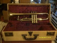 "TRUMPET in GOLD LACQUER "" THE ZENITH "" VALVES , SLIDES in GOOD ORDER,GOOD CASE."