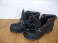 Earth Works Boots. Never worn, size 9.