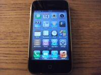 APPLE IPHONE 3GS 8GB ON O2 mint condition