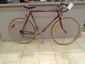 """Vélo de route Peugeot 23"""""""
