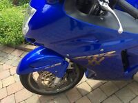 2000 HONDA CBR1100XX BLACKBIRD SPOTLESS BIKE MUST BE SEEN LOW MILES 12900 £2999 CLEANEST ABOUT