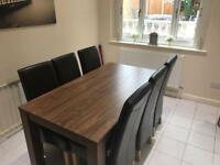 Next extendable table with 6 chairs