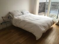 Warren Evans King Size Floating Bed Frame, Handmade, Stained oak, Needs New Home