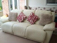ELECTRIC RECLINING LEATHER 3 SEATER SOFA,DELIVERY POSSIBLE.