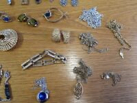 sarah coventry jewellery collection - vintage earrings brooches loads
