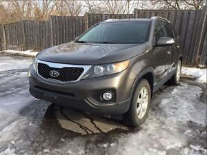 2013 Kia Sorento LX - AWD, Bluetooth, Heated Seats