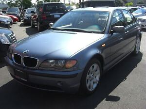 2004 BMW 325 i  *LOW KM* *MUST SEE*