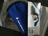 Aqua Sphere Fitness Swim Gloves Size Medium