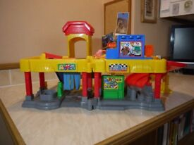 Fisher-Price Large Garage with Sound Effects for 2 - 7 Year Old