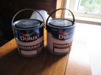 2 x 2.5l unopened cans of Dulux Orchid White Endurance Matt finish paint. Both same batch code