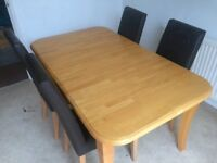 Extendable Wooden Dining Table 6-8 seater