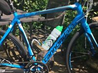 Cannondale synapse 2016 model (105 / discs ) 56cm frame. Only covered 600 miles!