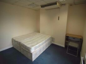 Double room @ Stratford