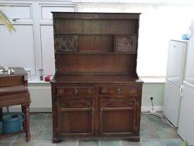 Dresser / Sideboard