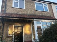 SHORT & LONG TERM LET! SB Lets are delighted to offer this great sized three bedroom house - GARDEN