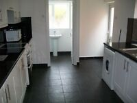 Very nice 2 bedroom GROUND floor GARDEN flat situated 1 min walk to TUBE STATION in WALTHAMSTOW! E17