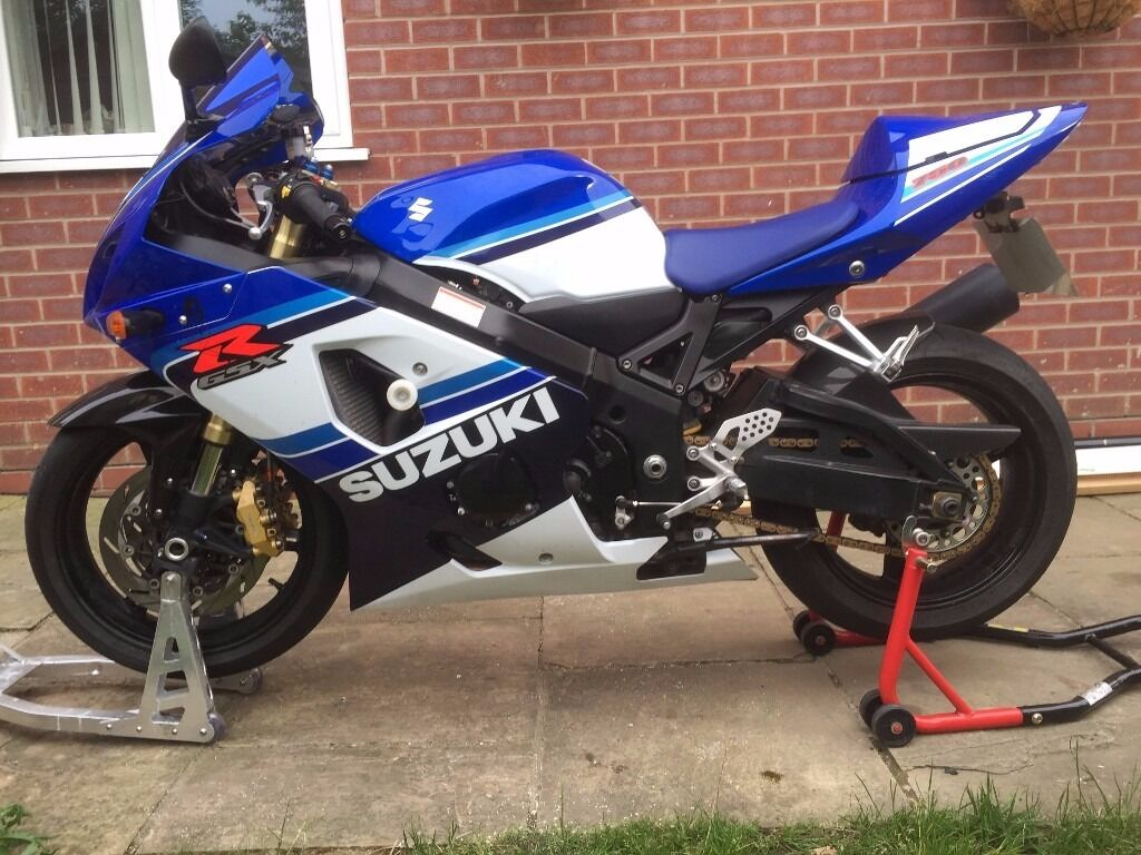GSXR 750 K5 20th Anniversary Edition with original keys and badges ...