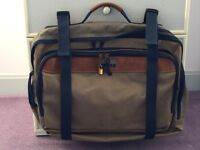 NOMAD light brown canvas holdall