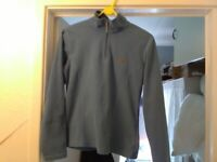 North Face womens fleece top size 8/10, New condition hardly worn.15£