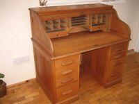 Antique light oak roll-top desk