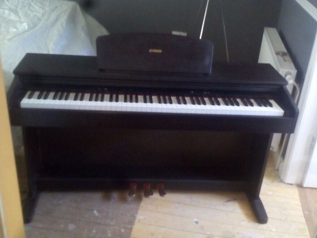 Digital piano great condition 88 buy sale and trade ads for Yamaha ydp 113 for sale