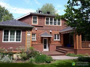 714 500$ - Maison 2 étages à vendre à St-Lambert