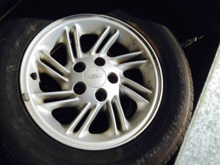 Mags and Tyres with 90% tread for Ford Falcon 205 65 R15 Thornlie Gosnells Area Preview