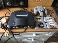 N64 Nintendo 64 console & 4 games