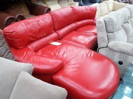Large Red Corner Suite…31953