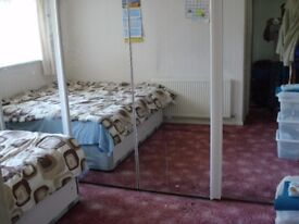 3 bed room house for rent in cardiff