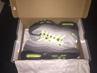 Nike Airmax 95 - Neon - Size 8 - Sold Out