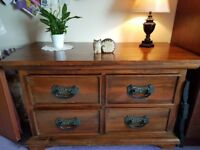Antique Vintage Chest of drawers.
