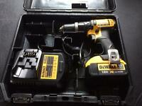 Dewalt DCD785 18v Combi Drill