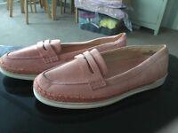 Ladies Nine West shoes brand new 37