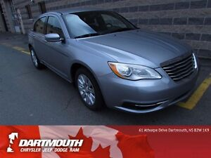 2014 Chrysler 200 LX / POWER OPTS / LOW KMS
