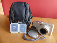 Panasonic Lumix DM-LX1 - lens cap, charger, battery, bag and 2 x SD Cards (1GB high-speed and 32GB)