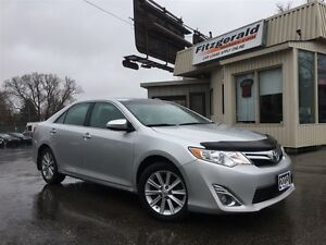 2013 Toyota Camry XLE- LEATHER! NAV! BACK-UP CAM!