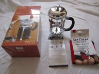 Brand new Le'Xpress 'Vienna' 6 cup coffee press with PYREX glass jug and insulation cover.