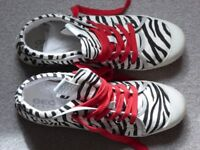 Great stylish summer canvas shoes by GEOX