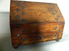 Wooden stationery box / container