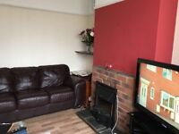 Large, newly refurbished and centrally located 3 bedroom house near Aylesbury Town Centre