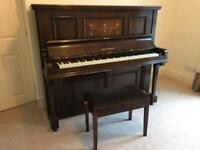 Moore&Moore upright piano