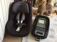Maxi Cosi Pearl Group 1 car seat and FamilyFix IsoFix Base - Great Condition
