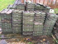Roof tiles 270 + 30 broken or cracked tiles